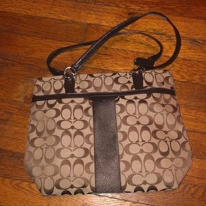 Coach purse outline signature brown F28504 jacquar